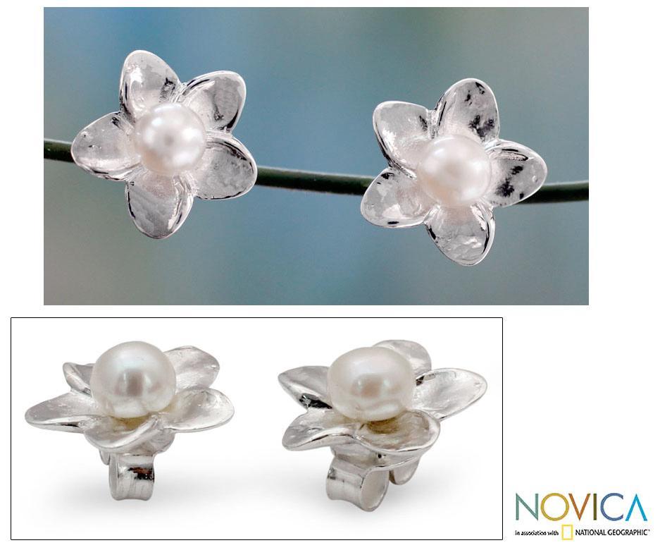Sterling Silver 'White Jasmine' Pearl Earrings (4 mm) (India)