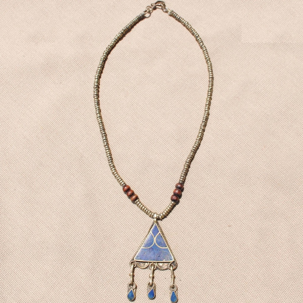 Handmade Triangle Shaped Blue Lapis Lazuli Necklace (Afghanistan)