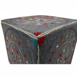 nuLOOM Handmade Casual Living Star Pouf