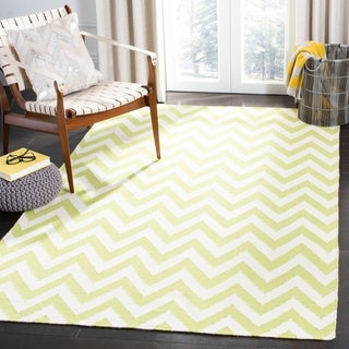 Safavieh Hand-woven Moroccan Reversible Dhurrie Chevron Green/ Ivory Wool Rug (6' Square)