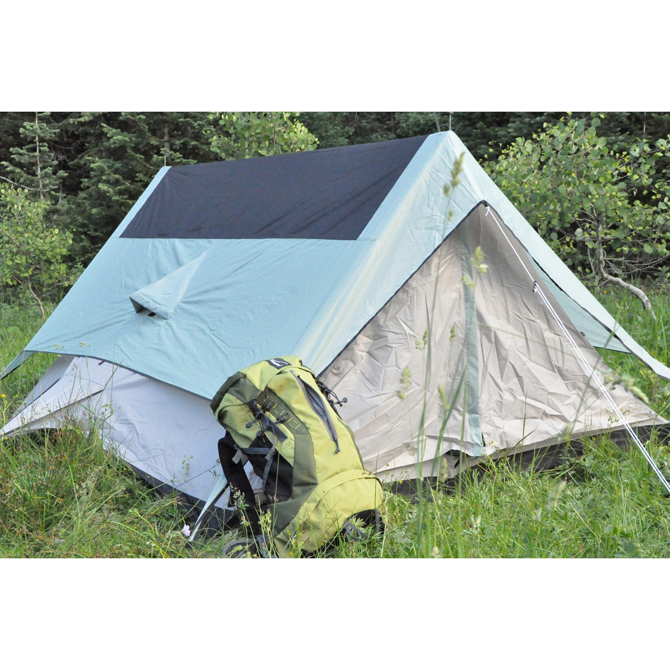 Black Pines Sports '3 Pines' Three-person Tent