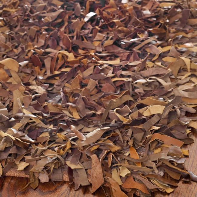 Safavieh Handmade Saddle Leather Metro Shag (6' x 9')