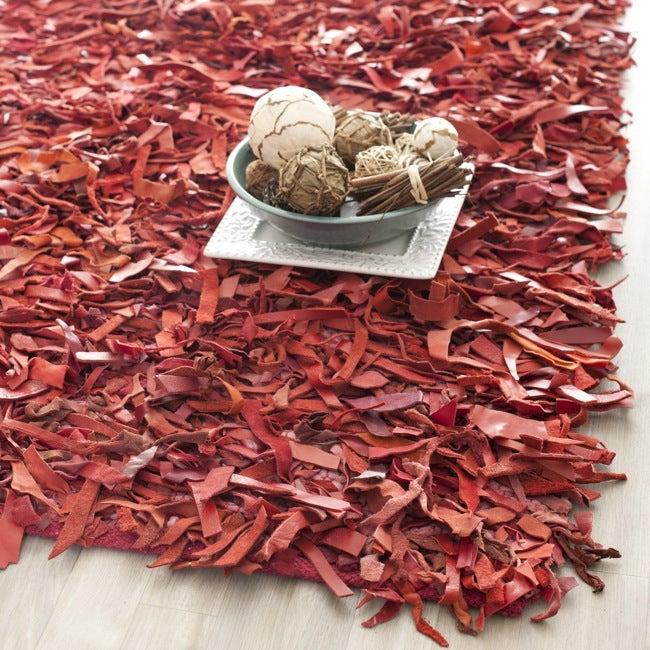 Safavieh Handmade Red Leather Metro Shag (6' x 9')