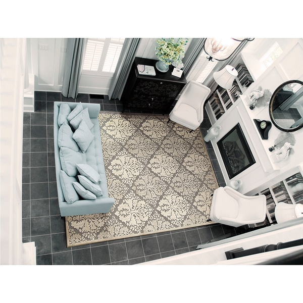 Nourison Graphic Illusions Ivory Diamond Pattern Rug (7'9 x 10'10)