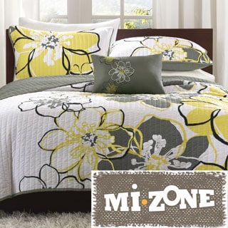 Mizone Mackenzie Yellow/Grey Patterned Polyester 4-piece Quilt Set