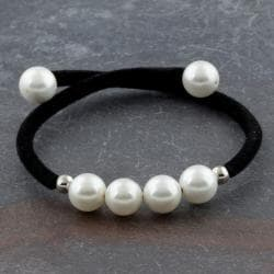 Velvet Bracelet Beaded With Simulated Freshwater Pearls (Thailand)