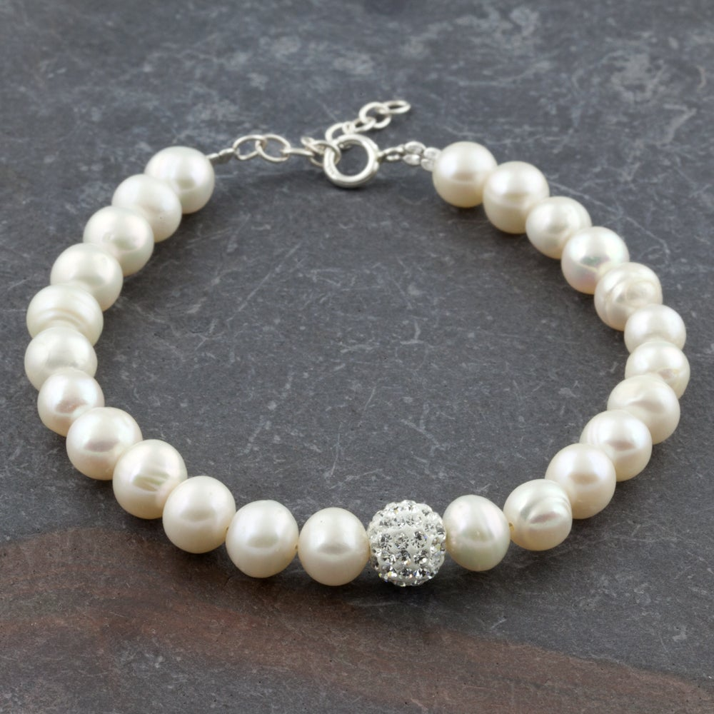 Freshwater Pearl Bracelet With Crystal Glass and Sterling Silver Lock (Thailand)