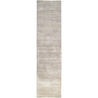 Hand-knotted Somerset Silver New Zealand Wool Rug (2'6 x 10')
