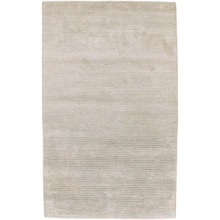 Hand-knotted Shire Silver New Zealand Wool Rug (5' x 8')