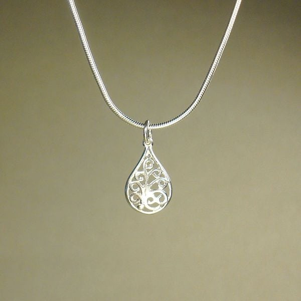 Jewelry by Dawn Filigree Teardrop Sterling Silver Snake Chain Necklace