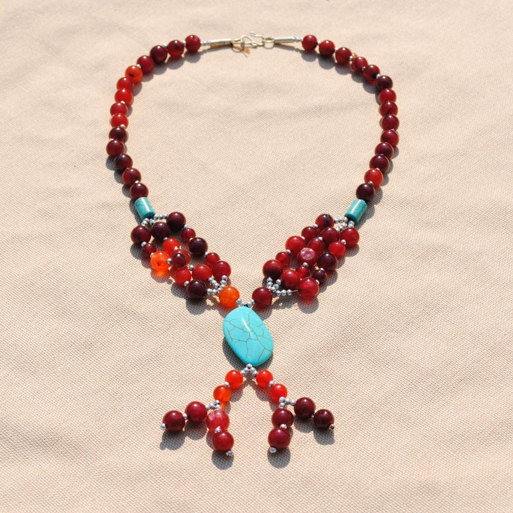 Handcrafted Tribal Solitaire Red Beaded Necklace (Afghanistan)