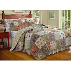 Blooming Prairie Deluxe Multicolored Quilted Bedspread Set