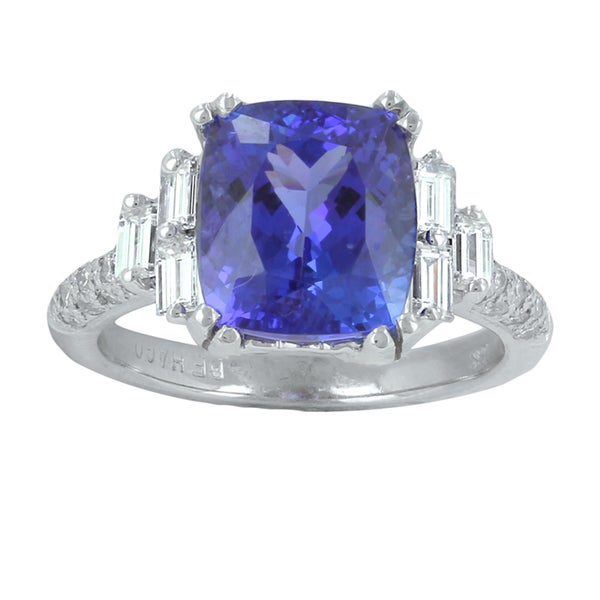 18k White Gold Tanzanite and 7/8ct TDW Diamond Ring (G-H, VS1-VS2)