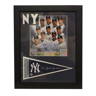 New York Yankees 2010 Team Deluxe Frame with Pennant