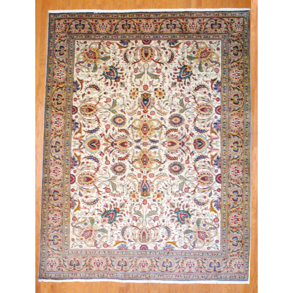 Persian Hand-knotted Tabriz Ivory/ Beige Wool Rug (9'9 x 13')