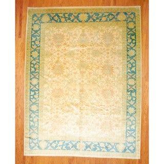 Egyptian Hand-knotted Oushak Ivory/ Green Wool Rug (10'1 x 13'1)