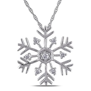 Miadora 10k White Gold 1/5ct TDW Diamond Snowflake Necklace