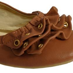 Bamboo by Journee Women's 'Justine-33' Ruffle Toe Ballet Flats