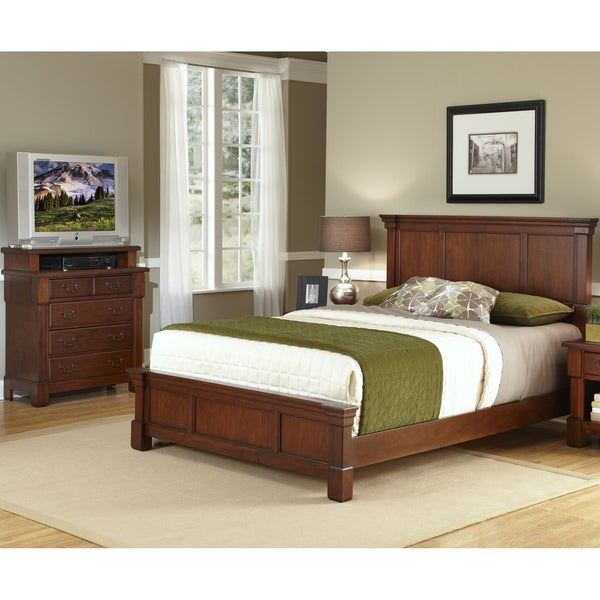The Aspen Collection King Bed/ Media Chest