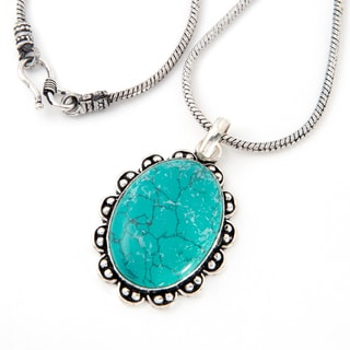 Handmade Silverplated Turquoise Pendant on 21-inch Chain (India)