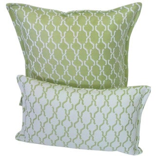 Corona Decor Green and White Indoor/ Outdoor Decorative Throw Pillow (Set of 2)