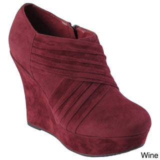 Hailey Jeans Co. Women's 'Michelle' Sueded Round Toe Wedge Bootie