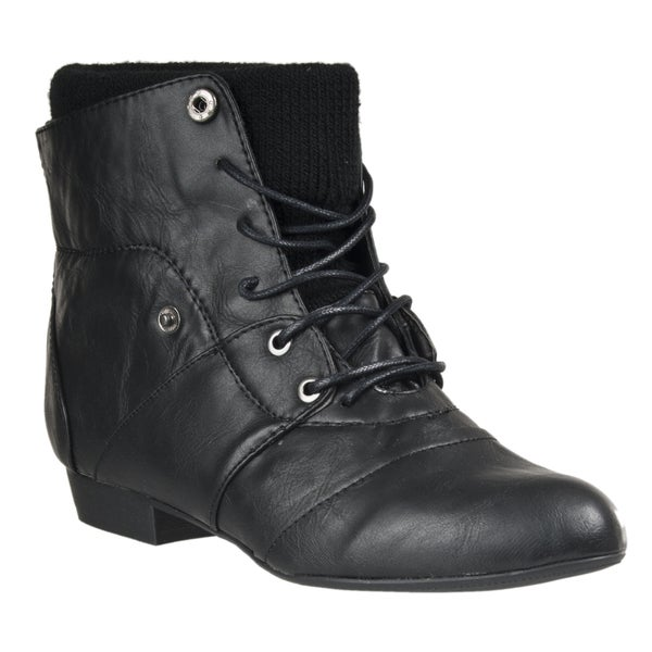 Riverberry Women's 'Picnic' Lace-up Ankle Boots