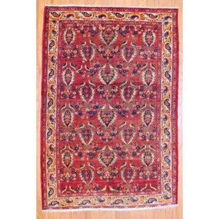 Persian Hand-knotted Bakhtiari Red/ Ivory Wool Rug (4'5 x 6'6)