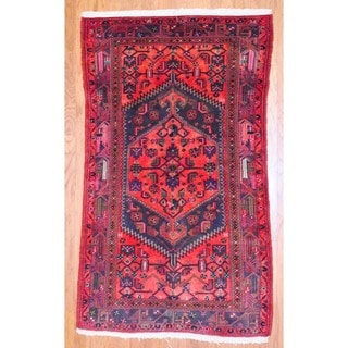 Persian Hand-knotted Hamadan Red/ Navy Wool Rug (4'1 x 7'1)