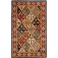 Handmade Diamonds Bakhtiari Green/ Red Wool Rug (6&#39; x 9&#39;)
