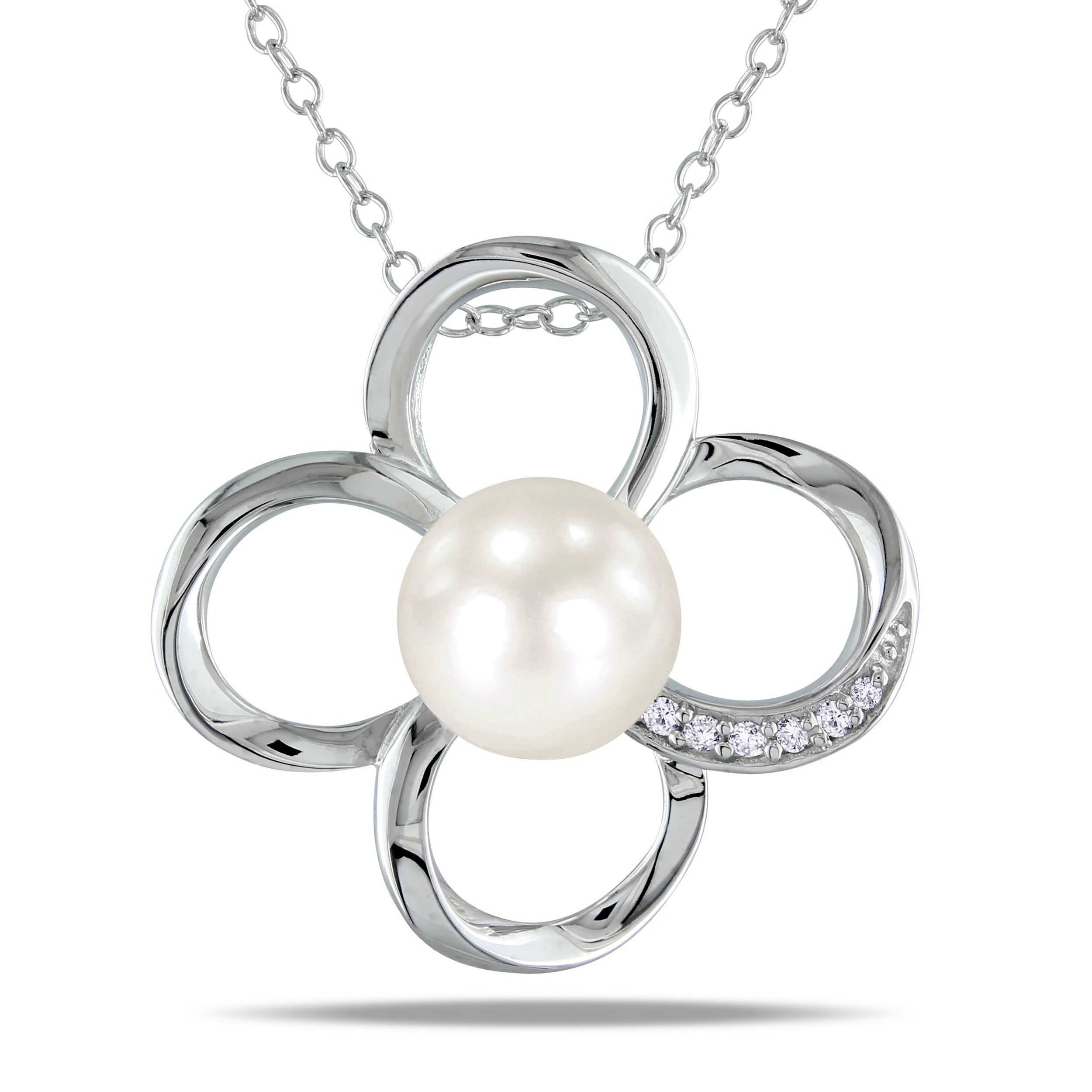 M by Miadora Sterling Silver Pearl and Diamond Flower Necklace (H-I, I3)