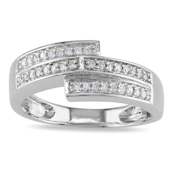 Miadora 10k White Gold 1/6ct TDW Pave-set Diamond Ring (H-I, I2-I3)