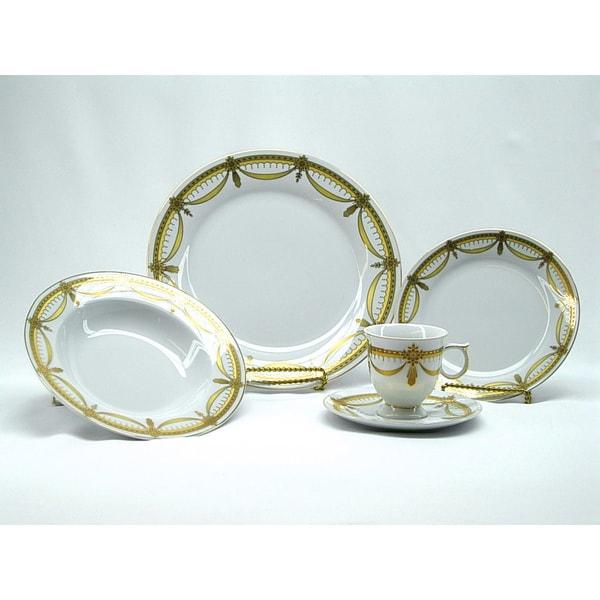 Three Star 40-piece Dinnerware Set