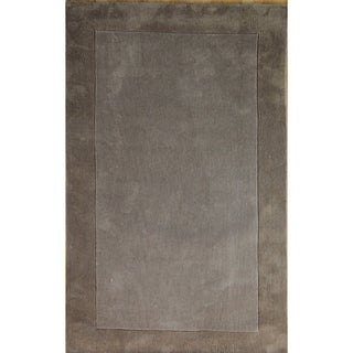 Hand-tufted Solid Nickel Rug (5' x 7'6)