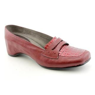 J Renee Women's 'Raven' Leather Casual Shoes Wide (Size 7)