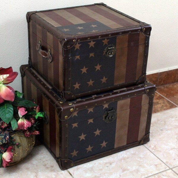 International Caravan Americana 'Stars and Stripes' Square Trunks (Set of Two)