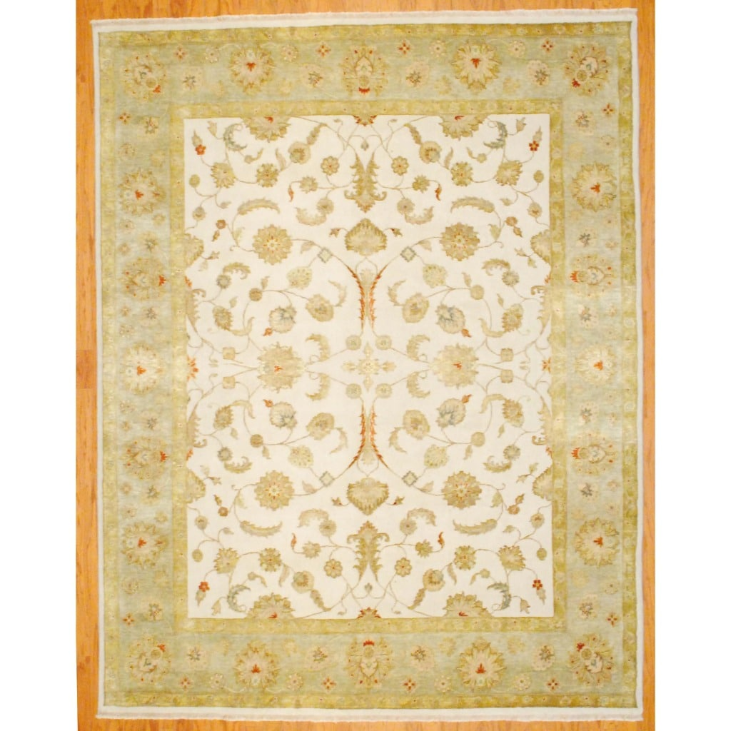 Indo Hand-knotted Tabriz Ivory/ Light Green Wool/ Silk Rug (8' x 10')