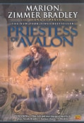 Priestess of Avalon (Paperback)
