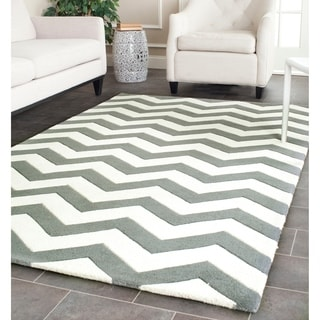 Handmade Chevron Dark Grey/ Ivory Wool Rug (6' x 9')