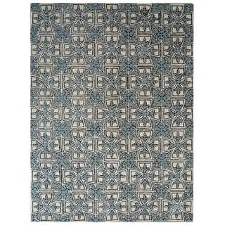 Safavieh Handmade Moroccan Chatham Majestic Light Blue/ Ivory Wool Rug (4' x 6')