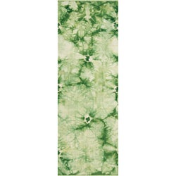 Hand-woven Sumas Green Wool Rug (2'6 x 8')