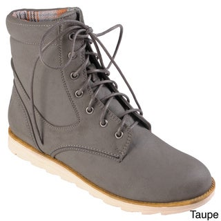 Hailey Jeans Co. Women's 'Susie' Round Toe Lace-up Boots