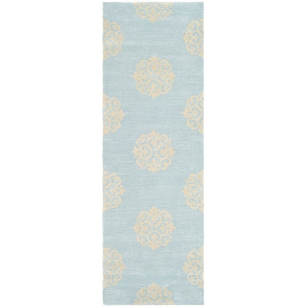 Safavieh Handmade Soho Medallion Light Blue Wool Rug (2'6 x 6')