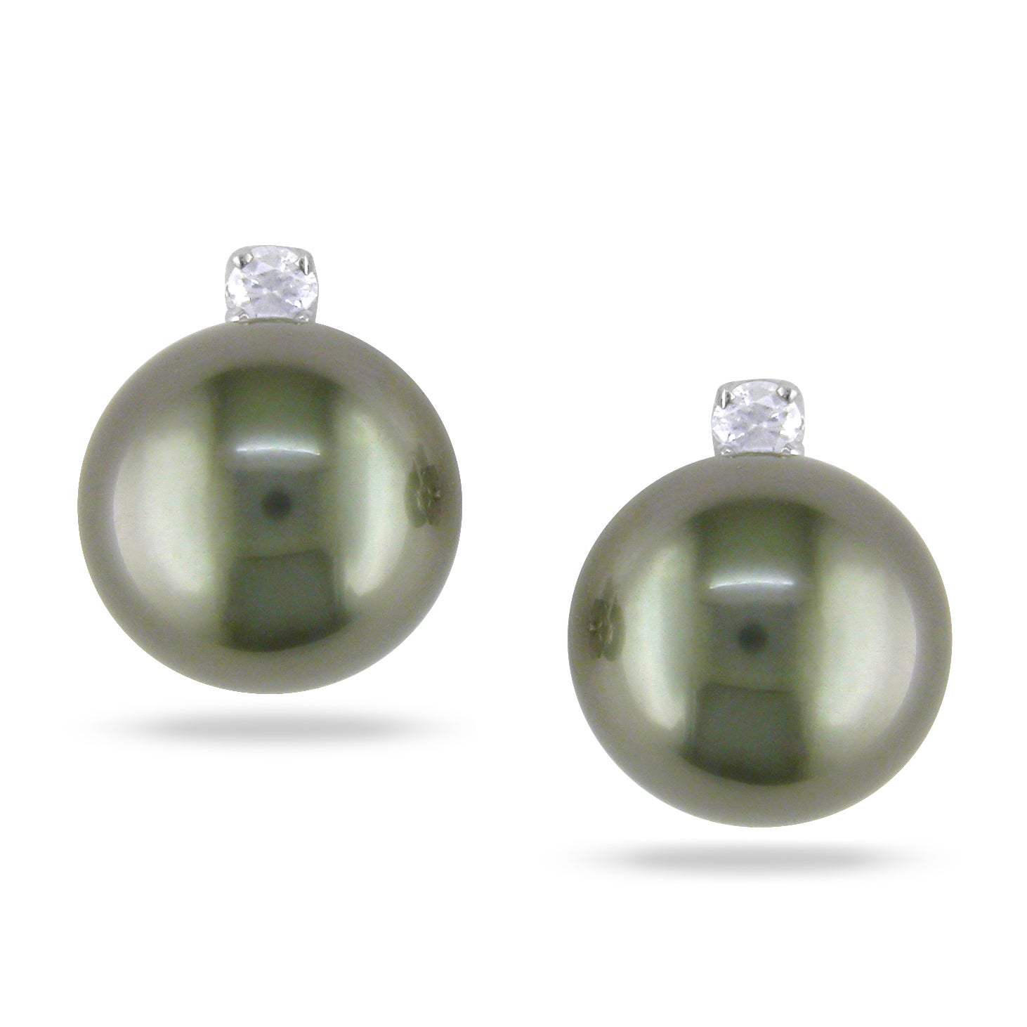 Miadora 14k White Gold Pearl and 1/10ct TDW Diamond Earrings (9-10MM)