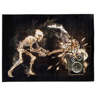 Skinz Design Black Skeleton 'Rock N Roll' Area Rug (5' x 7')