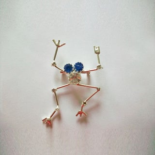 Silverplated Frog Crystal and Wire Pin