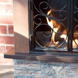 Boulder Portable Indoor/ Outdoor Gel Fuel Fireplace