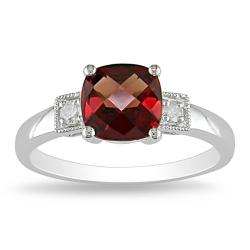 10k White Gold Diamond and Garnet Ring