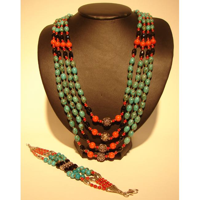 Sterling Silver Turquoise Necklace and Bracelet Set (Nepal