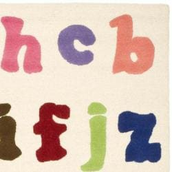 Handmade Children's Alphabet Ivory New Zealand Wool Rug (4' x 6')